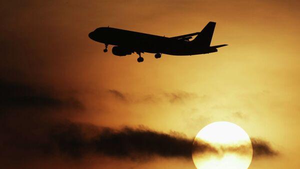 Самолет Airbus-320. Архивное фото - Sputnik Ўзбекистон