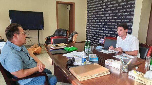Выпускник Нью-йоркской киноакадемии снимет фильм о крановщице Tashkent City - Sputnik Узбекистан