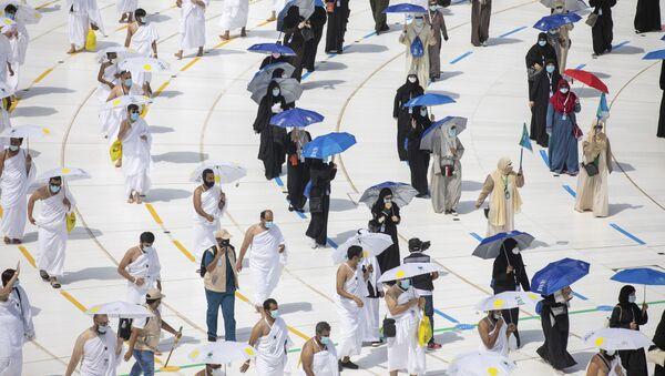Мусульманские паломники во время хаджа - Sputnik Узбекистан
