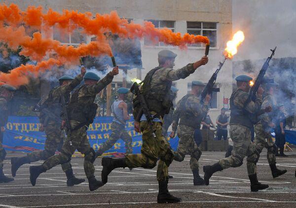Празднование Дня ВДВ  - Sputnik Узбекистан