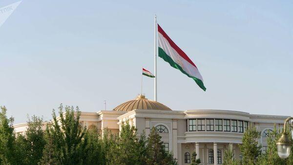 Здание правительства республики Таджикистан - Sputnik Узбекистан
