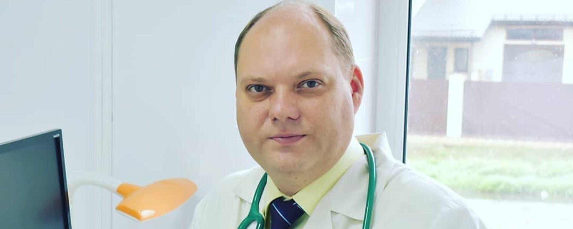 Yevgeniy Timakov, Vrach-pediatr, infektsionist i vaktsinolog, glavnыy vrach medtsentra «Lider-Meditsina» - Sputnik Oʻzbekiston, 1920, 28.06.2021