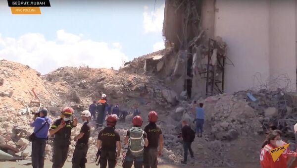 Помощь спасателей МЧС России получили почти 200 человек в Бейруте - Sputnik Узбекистан
