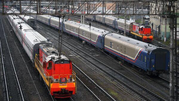 Пассажирские поезда РЖД - Sputnik Узбекистан