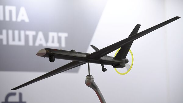 Макет средневысотного беспилотника большой продолжительности полета Орион-Э - Sputnik Узбекистан