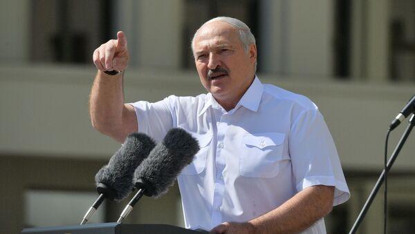 Митинг в поддержку действующего президента Белоруссии А. Лукашенко в Минске - Sputnik Ўзбекистон