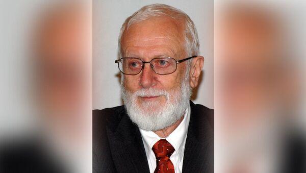 Анатолий Альштейн, вирусолог, доктор медицинских наук, член Нью-Йоркской академии наук - Sputnik Узбекистан