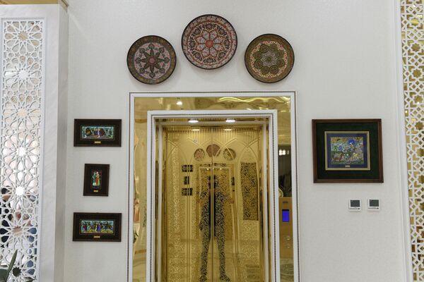 Так выглядит вход в лифт - Sputnik Узбекистан
