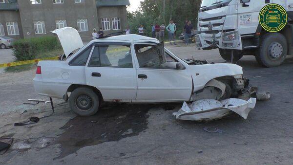 Тяжелое ДТП в Кашкадарье: скончались три человека - фото - Sputnik Узбекистан