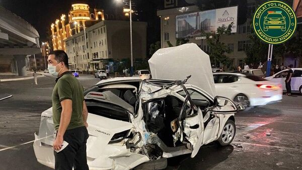 Из-за пьяного водителя в Ташкенте погиб человек - фото - Sputnik Узбекистан