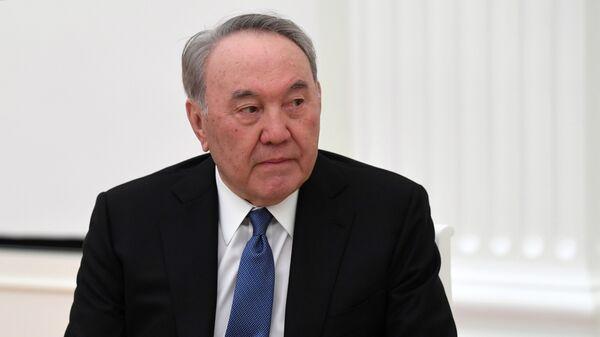 Президент РФ В. Путин встретился с первым президентом Республики Казахстан Н. Назарбаевым - Sputnik Узбекистан