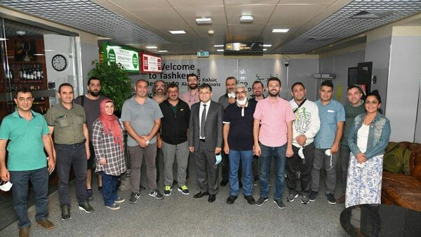 Врачи из Турции прибыли в Ташкент - Sputnik Узбекистан