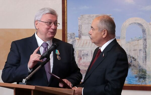 Ректор МГИМО Анатолий Торкунов награжден орденом Дружбы Узбекистана - Sputnik Узбекистан