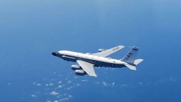 Российский истребитель перехватил самолёт-разведчик США над Балтийским морем - Sputnik Узбекистан