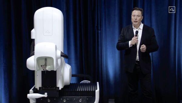 Илон Маск вживил чип для соединения мозга с компьютером - фото - Sputnik Узбекистан