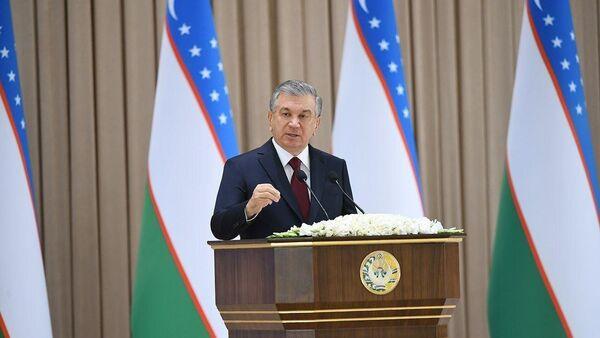 Президент Шавкат Мирзиёев поздравил народ с национальным праздником. - Sputnik Ўзбекистон