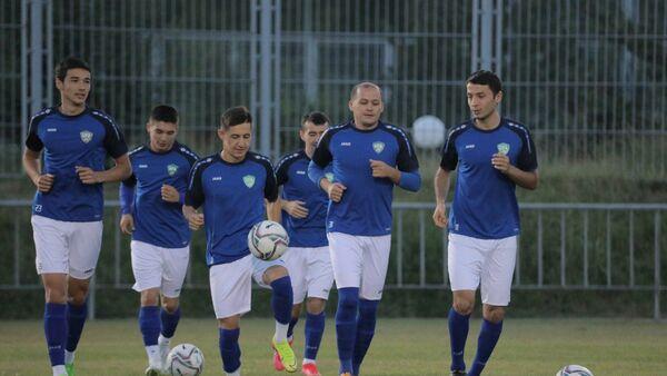 Сборная Узбекистана проводит сбор перед товарищеским матчем с Таджикистаном - Sputnik Узбекистан