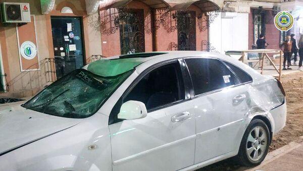 В Ташкенте водитель сбил сотрудника ДПС - фото - Sputnik Ўзбекистон