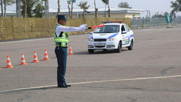 Конкурс Дорожный патруль в Коканде - Sputnik Узбекистан