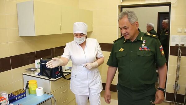 Шойгу сделал прививку от коронавируса - Sputnik Узбекистан