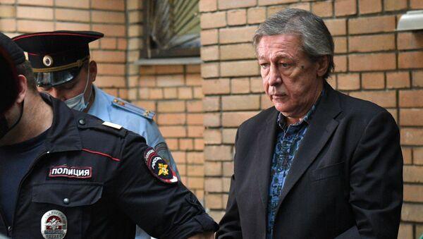 Оглашение приговора М. Ефремову - Sputnik Узбекистан