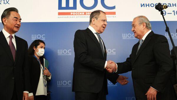 Министр иностранных дел Узбекистана Абдулазиз Камилов, министр иностранных дел РФ Сергей Лавров - Sputnik Узбекистан