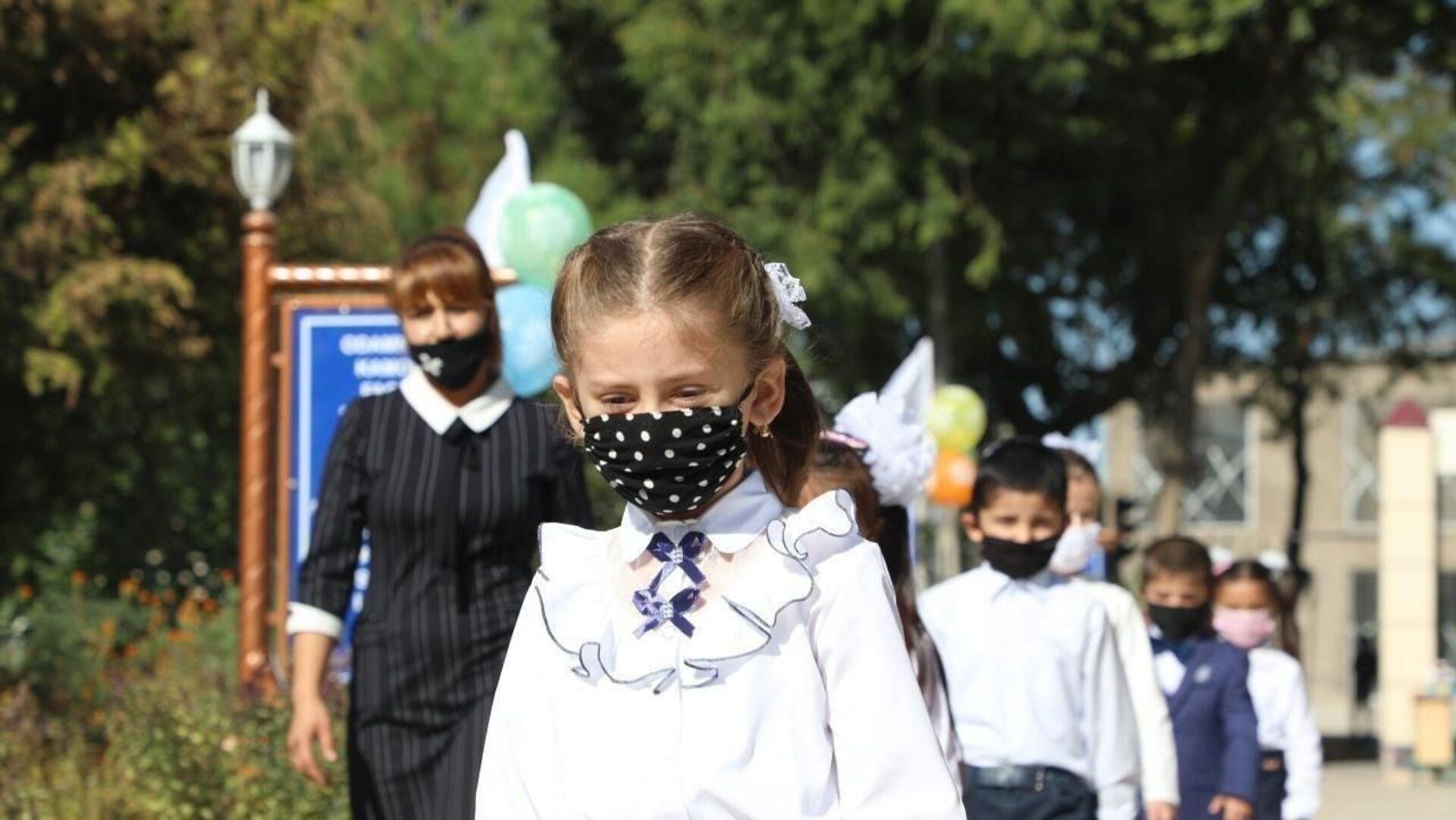 Школьники Узбекистана - Sputnik Узбекистан, 1920, 22.07.2021
