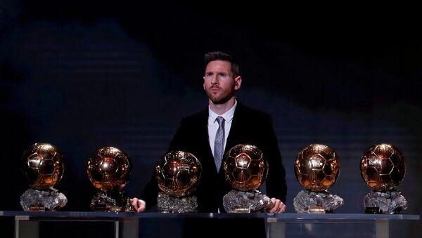 Futbolist Lionel Messi - Sputnik Oʻzbekiston