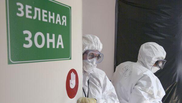 Госпиталь COVID-19 в больнице № 122 им. Л. Г. Соколова - Sputnik Ўзбекистон