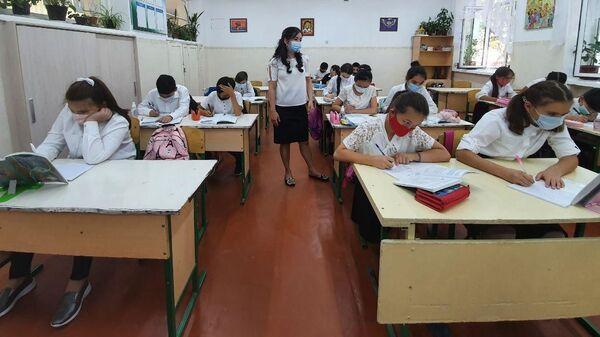 Shkola №  27 Mirzo-Ulugbekskogo rayona g. Tashkent - Sputnik Oʻzbekiston