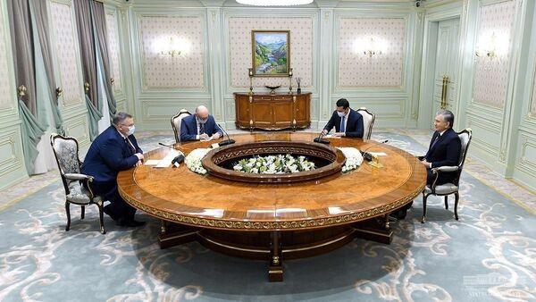 Президент Республики Узбекистан принял заместителя председателя правительства Российской Федерации - Sputnik Узбекистан