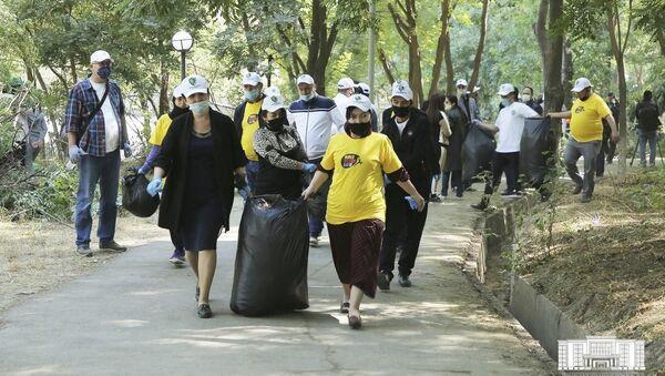 Всемирный день чистоты впервые отметили в Ташкенте - Sputnik Узбекистан