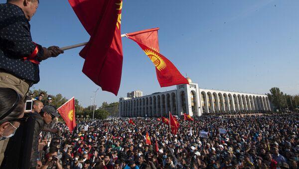 Протесты в Кыргызстане. - Sputnik Узбекистан