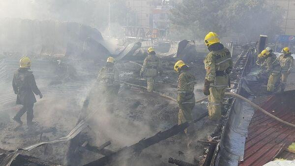 В торговом центре Uchtepa Outlet произошел крупный пожар - Sputnik Ўзбекистон