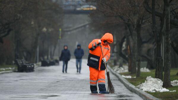 Dvornik - Sputnik Oʻzbekiston