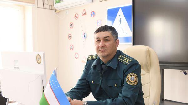 Подполковник, начальник отдела по дорожному надзору ГУБДД МВД Узбекистана Бахтияр Гафуров - Sputnik Узбекистан