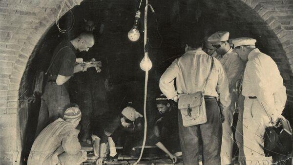 Открытие могилы Амира Темура в мавзолее Гури Амира в Самарканде - Sputnik Ўзбекистон