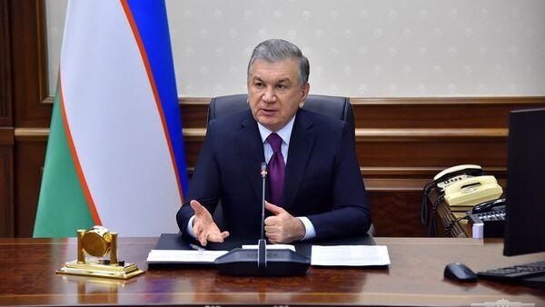 Шавкат Мирзиёев на совещании по задачам совершенствования деятельности отечественной гидрометеорологической службы - Sputnik Узбекистан