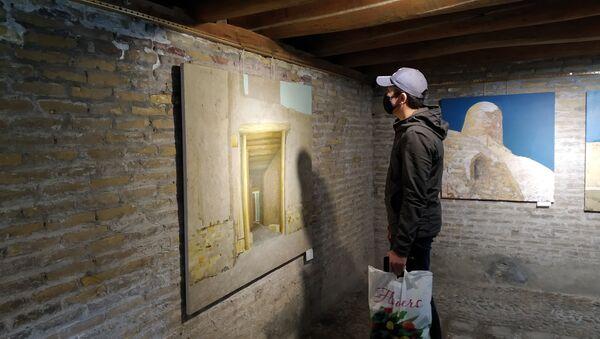 Выставка CITY люди в Art Residence Bukhara - Sputnik Узбекистан