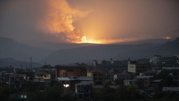 Нагорный Карабах во время обострения конфликта - Sputnik Ўзбекистон