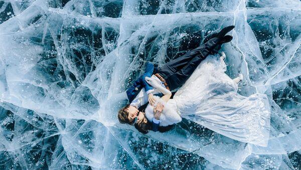 Снимок российского фотографа Ekaterina Mukhina, ставший финалистом в категории EPIC LOCATION в конкурсе 2020 International Wedding Photographer of the Year  - Sputnik Узбекистан