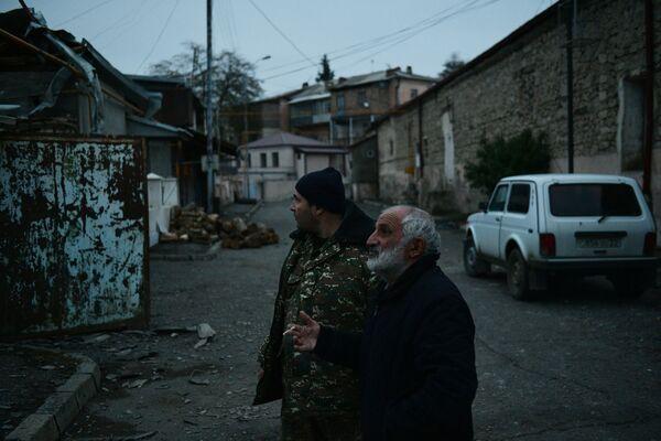 Stepanakert, vayron boʻlgan uylar. - Sputnik Oʻzbekiston