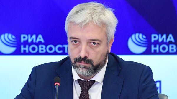 Руководитель Россотрудничества Евгений Примаков - Sputnik Узбекистан