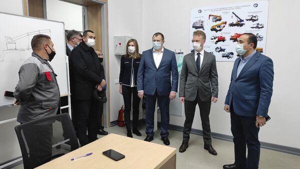 Vizit rukovodstva MMTS v Tashkentskiy Tsentr zanyatosti - Sputnik Oʻzbekiston