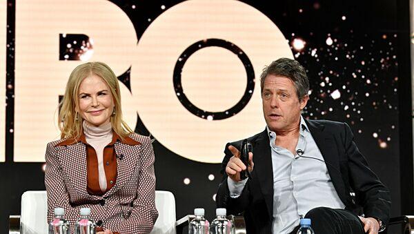 Николь Кидман и Хью Грант на пресс-конференции сериала Отыграть назад - Sputnik Узбекистан
