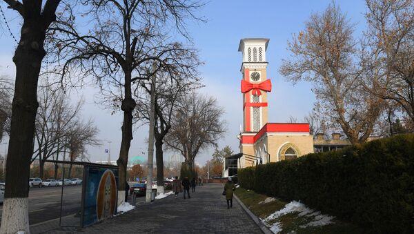 Оформление фасада курантов в Ташкенте - Sputnik Узбекистан