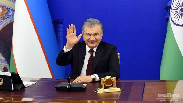 Президент Республики Узбекистан Шавкат Мирзиёев провел встречу с Премьер-министром Республики Индия Нарендрой Моди в формате видеоконференции - Sputnik Узбекистан