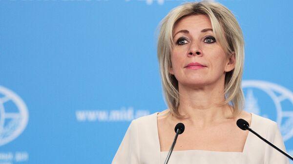 Вы все тяжело больны: Захарова ответила США на желание усилить санкционное давление на Россию - Sputnik Ўзбекистон
