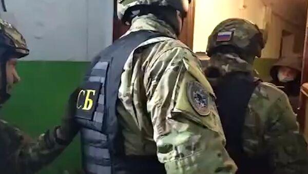 Задержание подростка, подозреваемого в подготовке теракта - Sputnik Ўзбекистон