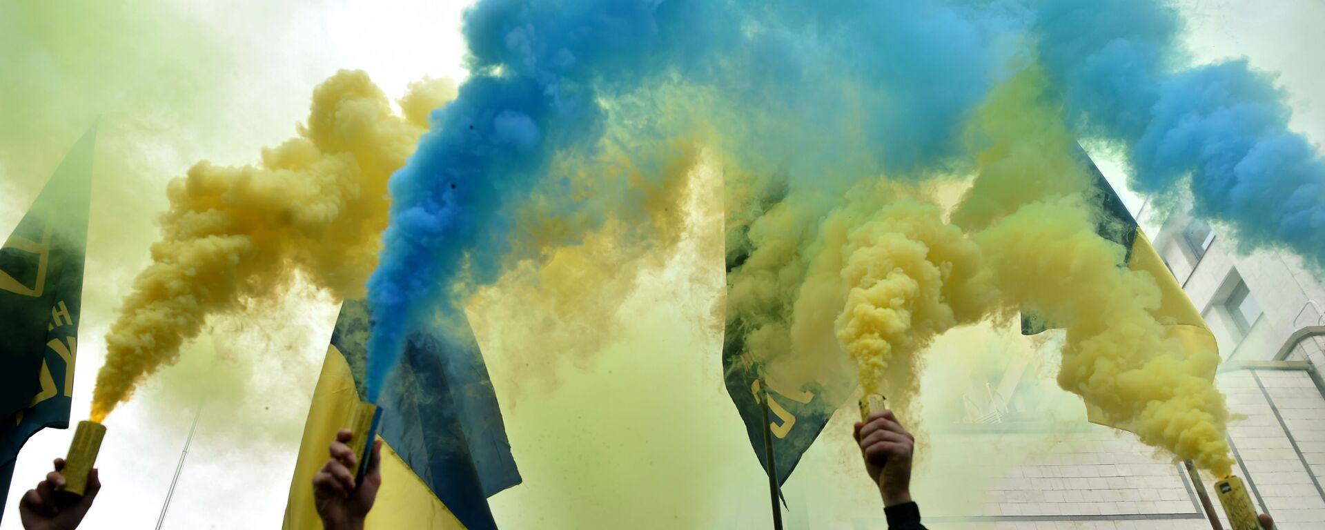 Протесты в Киеве, Украина, ноябрь 2020 - Sputnik Узбекистан, 1920, 03.09.2021